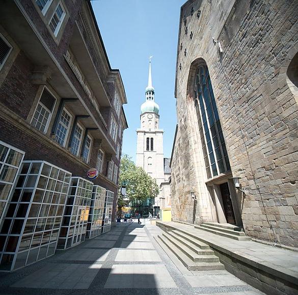 Der Jakobsweg in Westfalen und Weltkulturerbe mitten in Dortmund. Kommen Sie mit auf einen kleinen Gang durch die City innerhalb der ehemaligen...