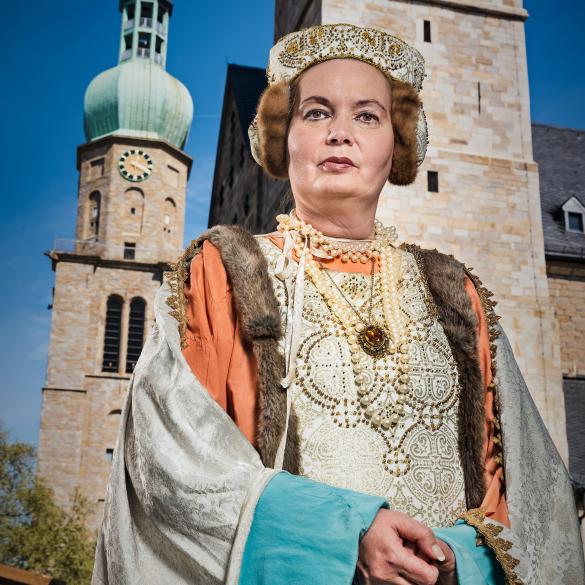 Kommen Sie mit auf einen vergnüglichen Gang durch die Kirchengeschichte des Mittelalters. Elisabeth von Kleve, Äbtissin des Klosters zu...