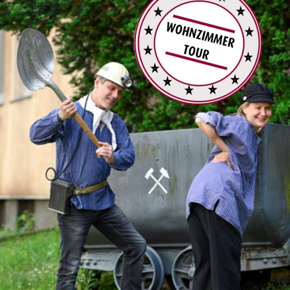 Wohnzimmer Erlebnistour: Ruhrpott Abitur - Für de Tradition, Ihre Erhaltunk und so watt allet -  Ihr wollt euch auf euren Ruhrgebiets-Ausflug vorbereiten?   Wir helfen euch dabei!   Unser Ruhrpott-Trainer kommt zu euch nach Hause und weist...